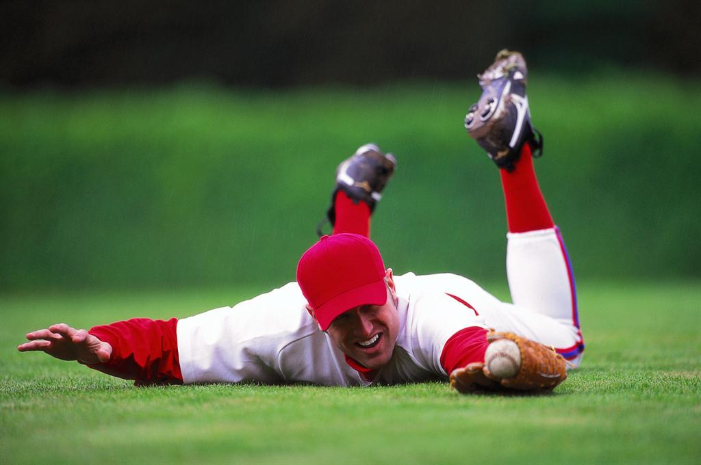 Baseball players get back pain relief non-surgically quicker.